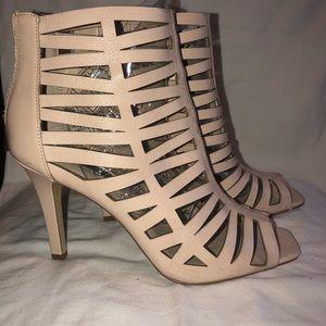 INC cream heel sz 9- like new
